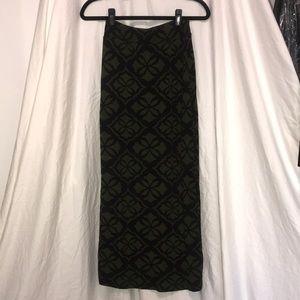 9-H15 Anthropologie Maxi Skirt